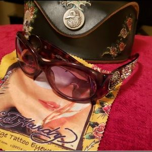 Vintage Ed hardy glasses worn once